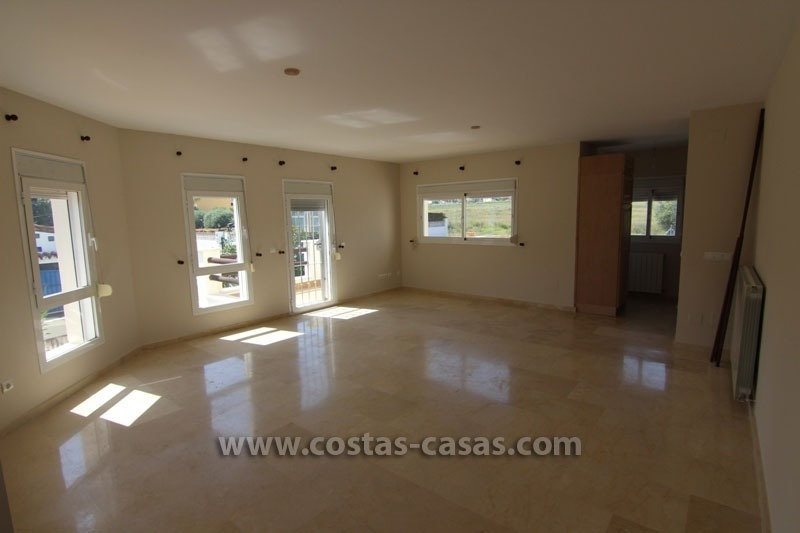 For Sale: Beachside Villa in San Pedro de Alcántara, Marbella 2