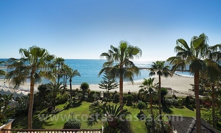 Exclusive beachfront penthouse for sale in Puerto Banus, Marbella 1