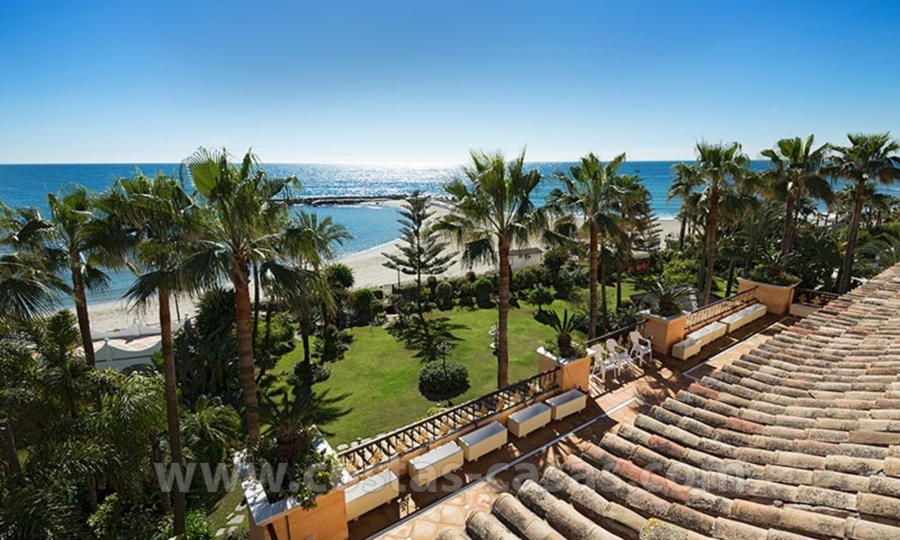 Exclusive beachfront penthouse for sale in Puerto Banus, Marbella 0