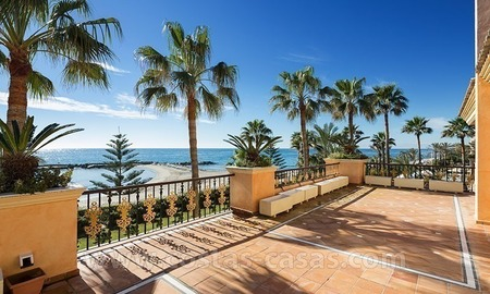 Exclusive beachfront penthouse for sale in Puerto Banus, Marbella 2