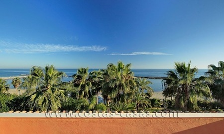 Exclusive beachfront penthouse for sale in Puerto Banus, Marbella 5