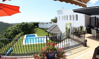For Sale: Classic Villa at Country Club in Benahavís, Marbella 6