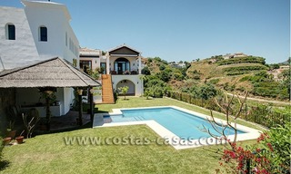 For Sale: Classic Villa at Country Club in Benahavís, Marbella 24