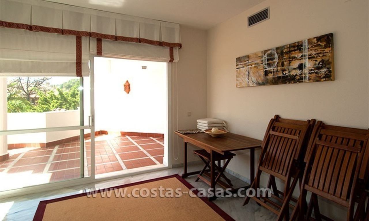 For Sale: Bargain Apartment next to Golf Course in East Marbella 4