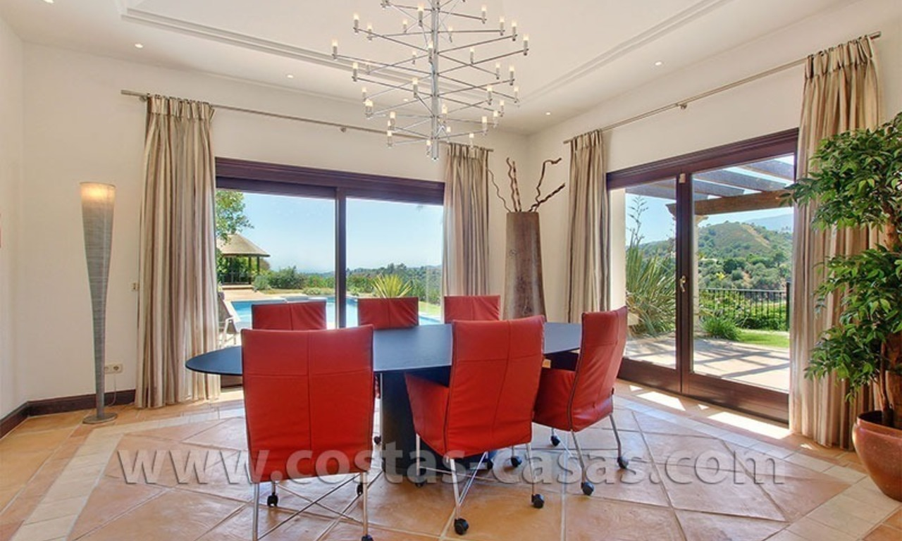 For Sale: Gorgeous Villa at Golf Resort in Marbella - Benahavis 10