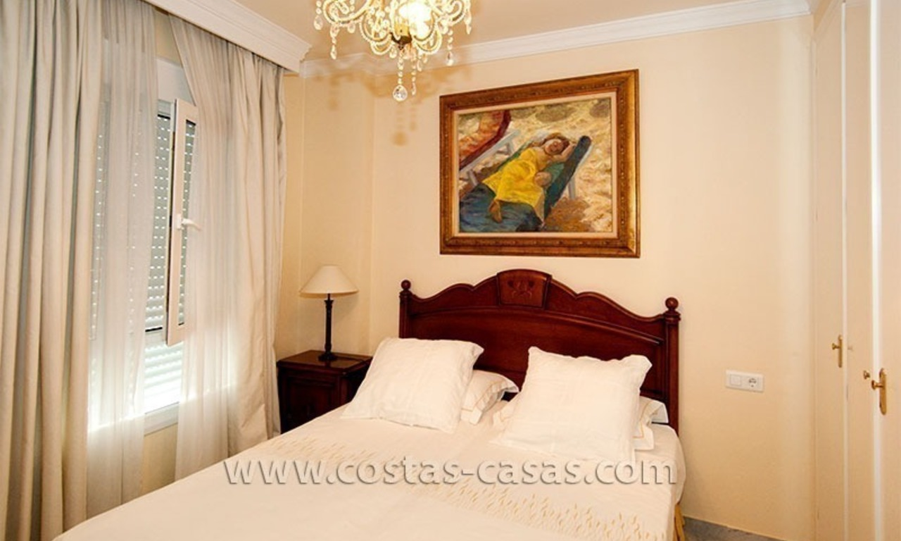 For Sale: Spacious Apartment in downtown San Pedro – Marbella 9