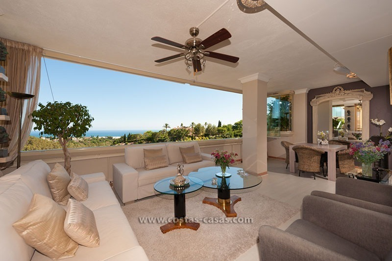 Luxury apartment for sale in Sierra Blanca, Marbella
