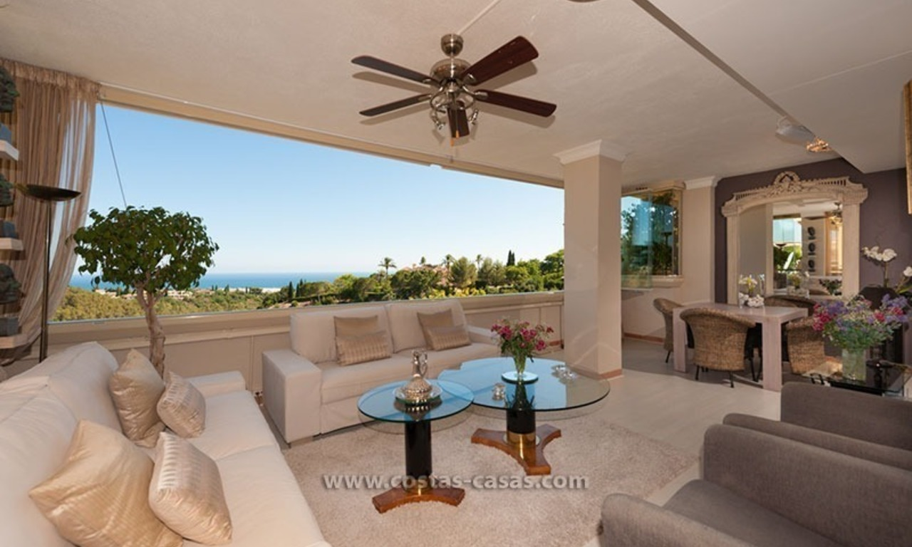 Luxury apartment for sale in Sierra Blanca, Marbella 0