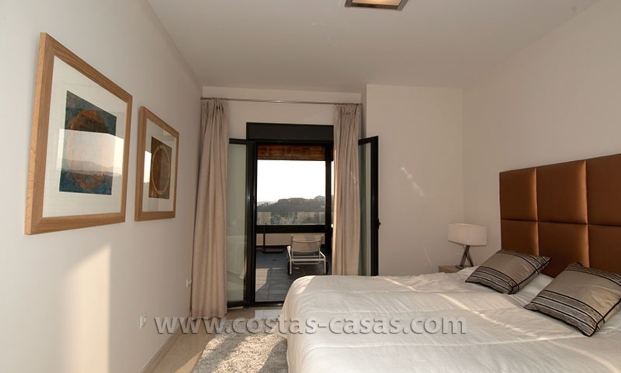 For Holiday Rent: Brand New Modern Luxury Apartment with Fabulous Sea Views, Golf Resort, between Marbella and Estepona 16