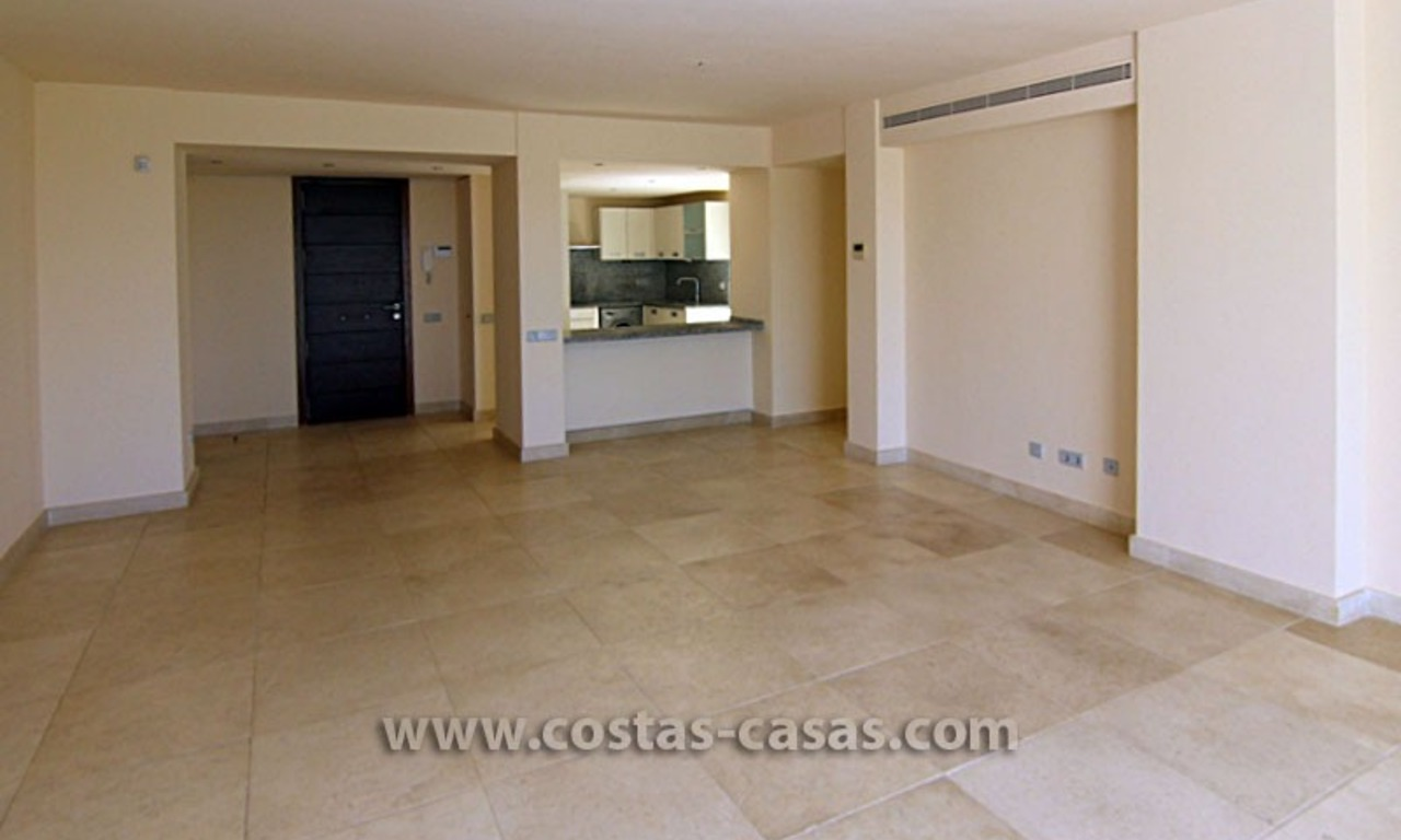 For Sale: Spacious 2-Bedroom Apartment at Golf Resort in Benahavís – Marbella 9