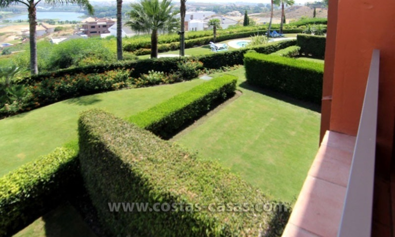 For Sale: Excellent Apartment at Golf Resort in Benahavís – Marbella 2