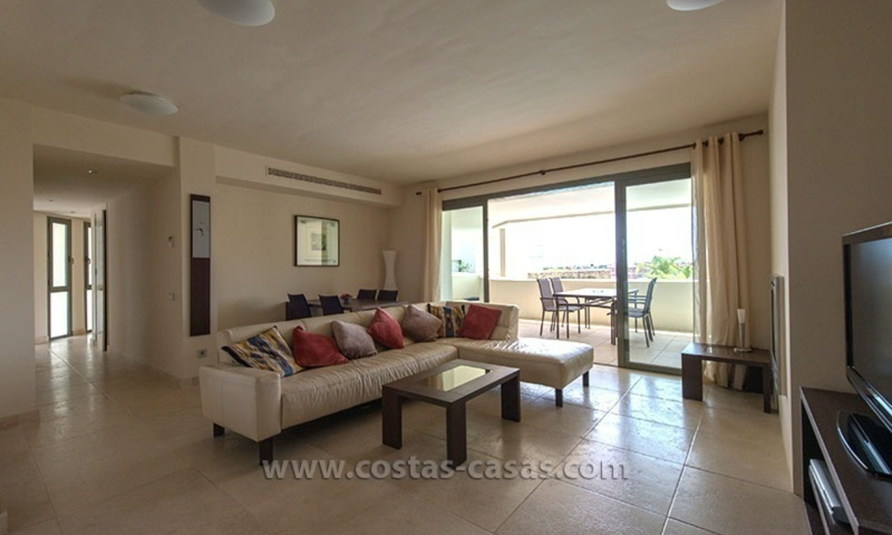 For Sale: Modern Apartment at Golf Resort in Benahavís – Marbella 4