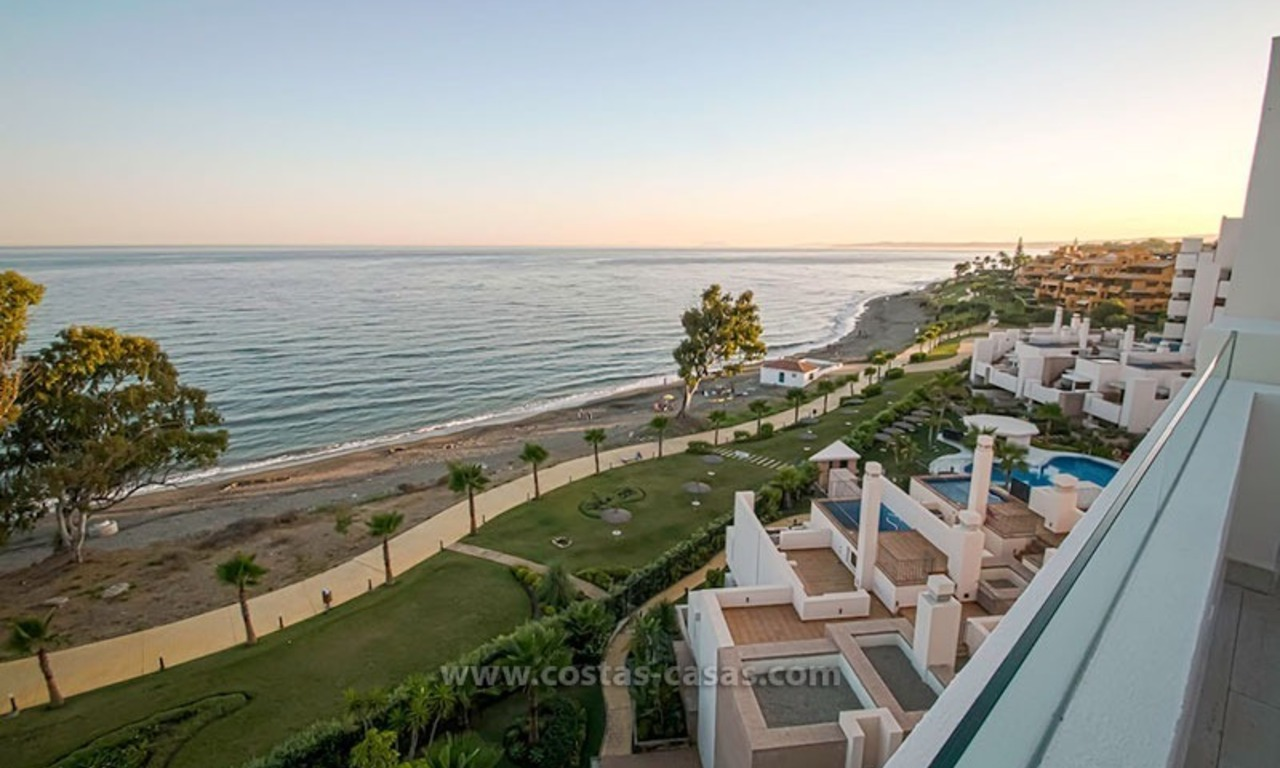Resale: Exclusive Beachfront Modern Penthouse, New Golden Mile, Marbella – Estepona 1