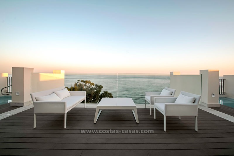 Resale: Exclusive Beachfront Modern Penthouse, New Golden Mile, Marbella – Estepona