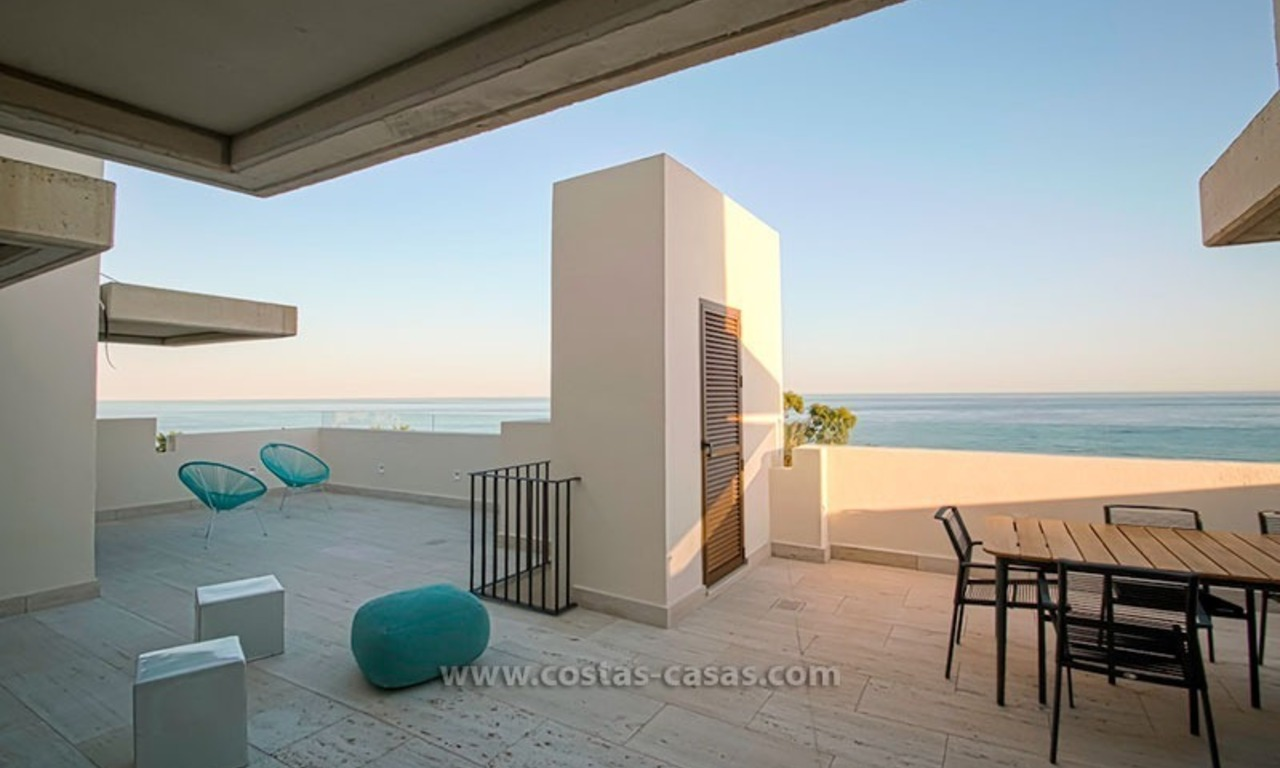 Resale: Exclusive Beachfront Modern Penthouse, New Golden Mile, Marbella – Estepona 17