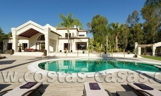 For Sale: Large and Luxury Front-Line Golf Villa in Nueva Andalucía, Marbella 1