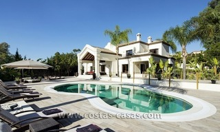 For Sale: Large and Luxury Front-Line Golf Villa in Nueva Andalucía, Marbella 0