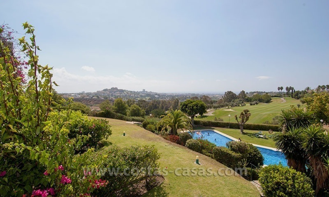For Sale: Spacious Frontline Golf Townhouse in La Quinta – Marbella 4