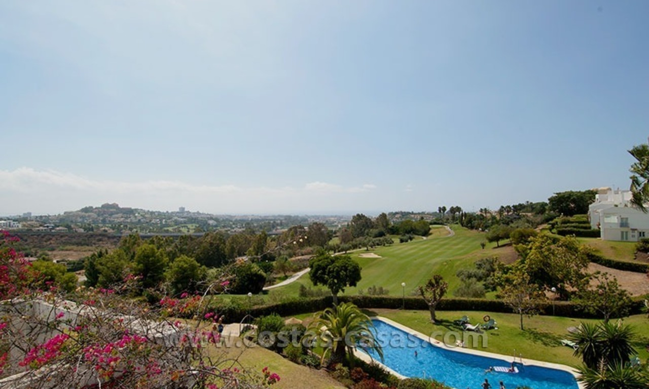 For Sale: Spacious Frontline Golf Townhouse in La Quinta – Marbella 17