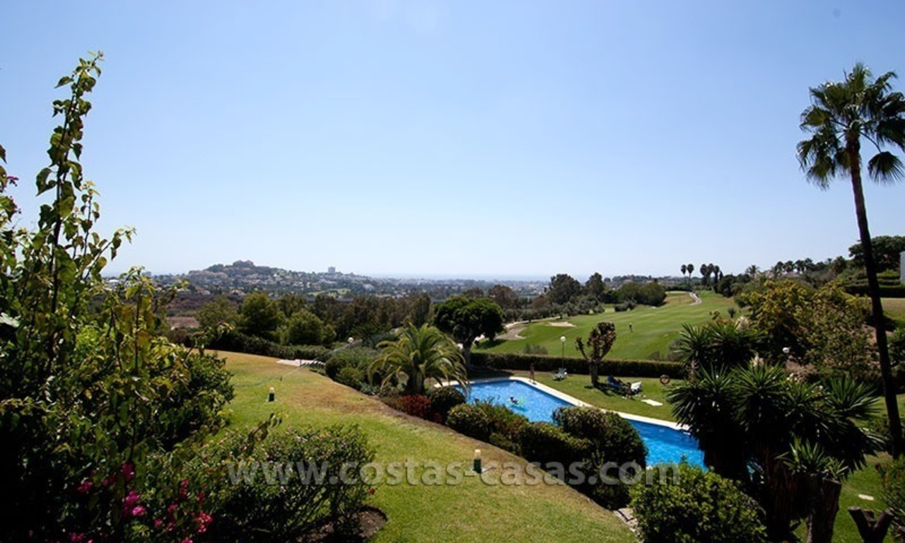 For Sale: Spacious Frontline Golf Townhouse in La Quinta – Marbella 19