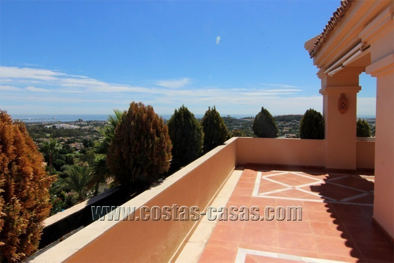 For Sale: Large Luxury Penthouse in Nueva Andalucía, Marbella's Golf Valley 1