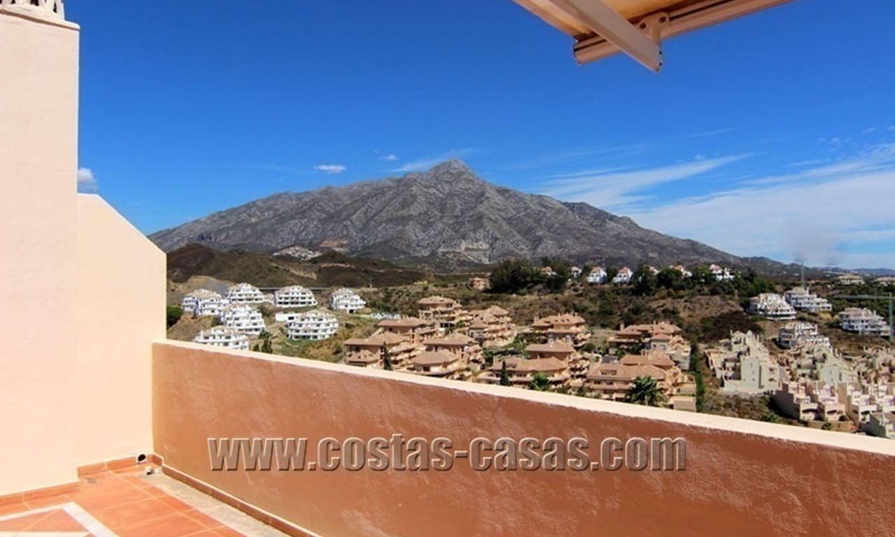 For Sale: Large Luxury Penthouse in Nueva Andalucía, Marbella's Golf Valley 5