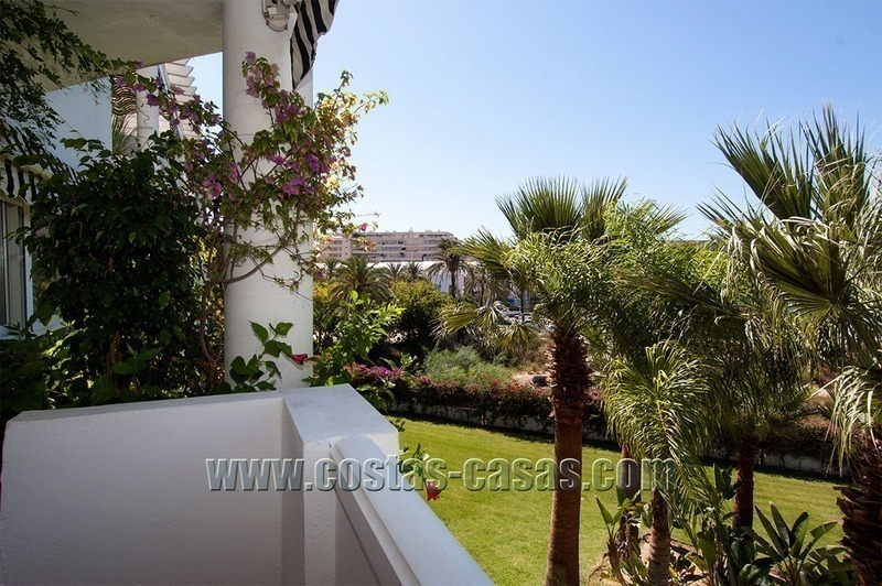For Sale: Cosy Frontline Beach Apartment in the Heart of Puerto Banús – Marbella 0