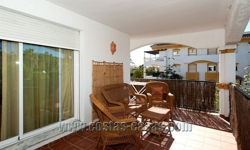 Spacious corner apartment for sale walking distance to Puerto Banus – Marbella