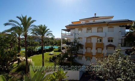 Spacious corner apartment for sale walking distance to Puerto Banus – Marbella 3