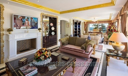 Exclusive beachfront penthouse for sale in Puerto Banus, Marbella 8