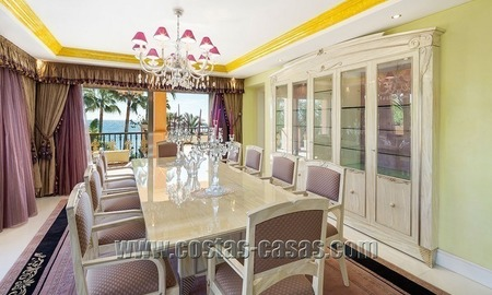 Exclusive beachfront penthouse for sale in Puerto Banus, Marbella 9