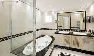 Exclusive beachfront penthouse for sale in Puerto Banus, Marbella 14