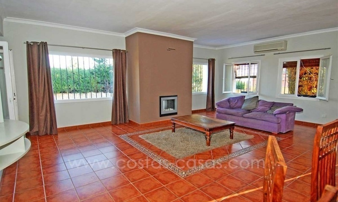Bargain!! Spacious family villa for sale in Benahavis - Marbella 6