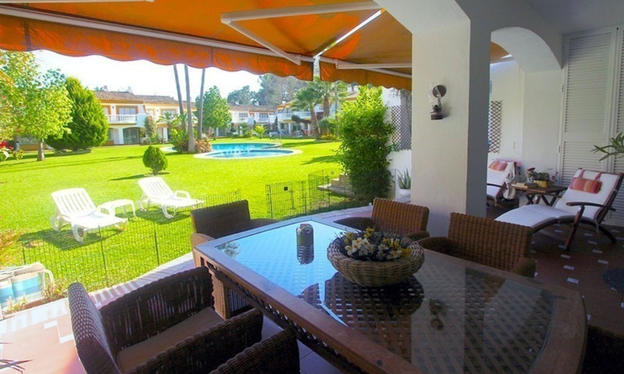 Totally renovated 4 bedroom townhouse for sale by the beach, in San Pedro - Marbella 0