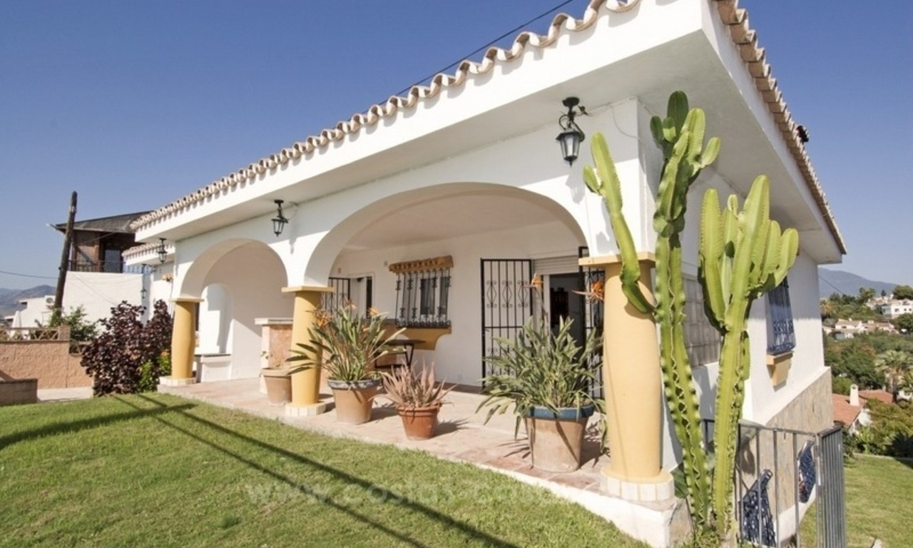 Renovation project – villa for sale in Nueva Andalucia, Marbella 0