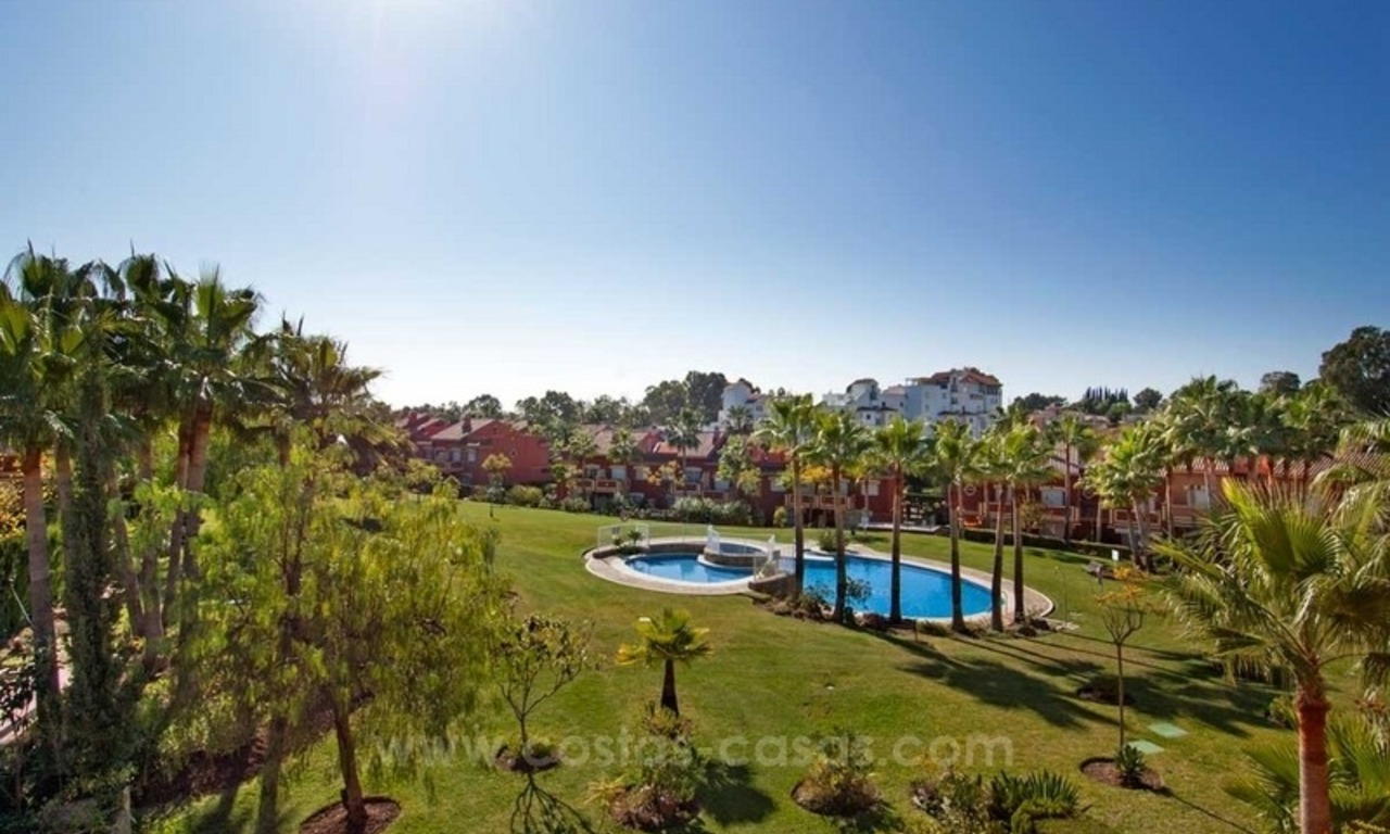 Cosy family townhouse for sale in Estepona – Marbella 0