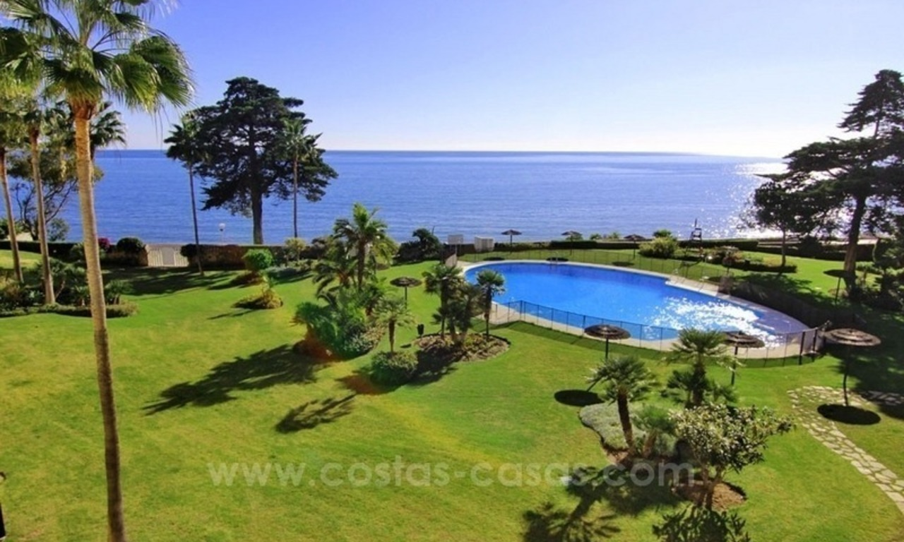 Beachfront apartment for sale, first line beach apartment complex, New Golden Mile, Marbella - Estepona 0