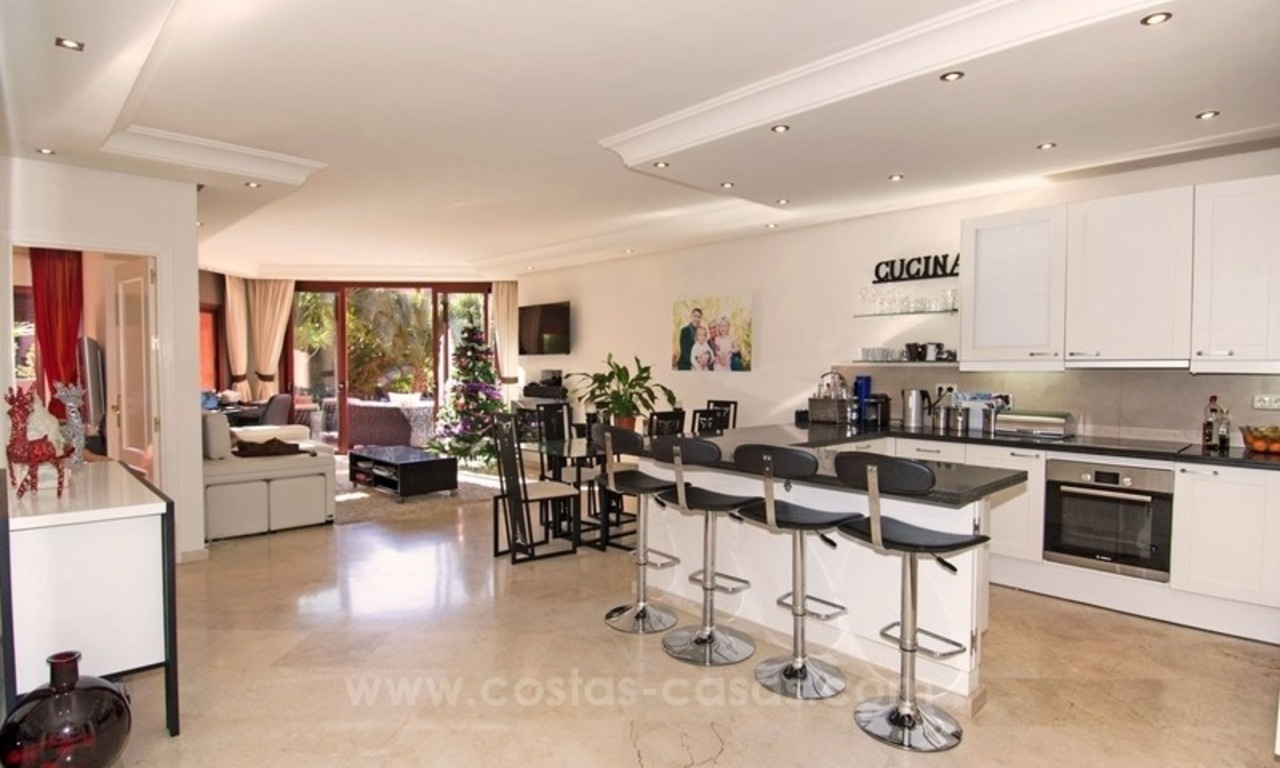 Luxury garden apartment for sale, frontline beach complex, New Golden Mile, Marbella - Estepona 0
