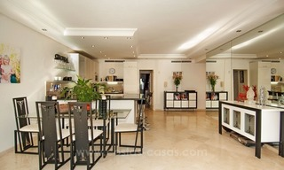 Luxury garden apartment for sale, frontline beach complex, New Golden Mile, Marbella - Estepona 3