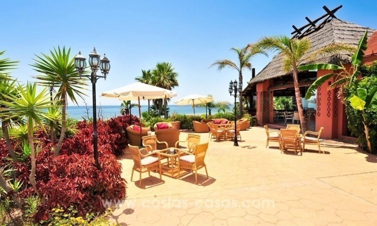 Luxury front line beach apartment for sale, first line beach complex, New Golden Mile, Marbella - Estepona 26