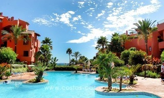 Luxury front line beach apartment for sale, first line beach complex, New Golden Mile, Marbella - Estepona 27