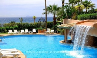Luxury front line beach apartment for sale, first line beach complex, New Golden Mile, Marbella - Estepona 28