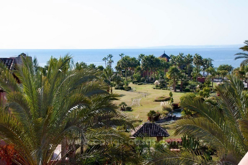 Luxury penthouse for sale, first line beach complex, New Golden Mile, Marbella - Estepona