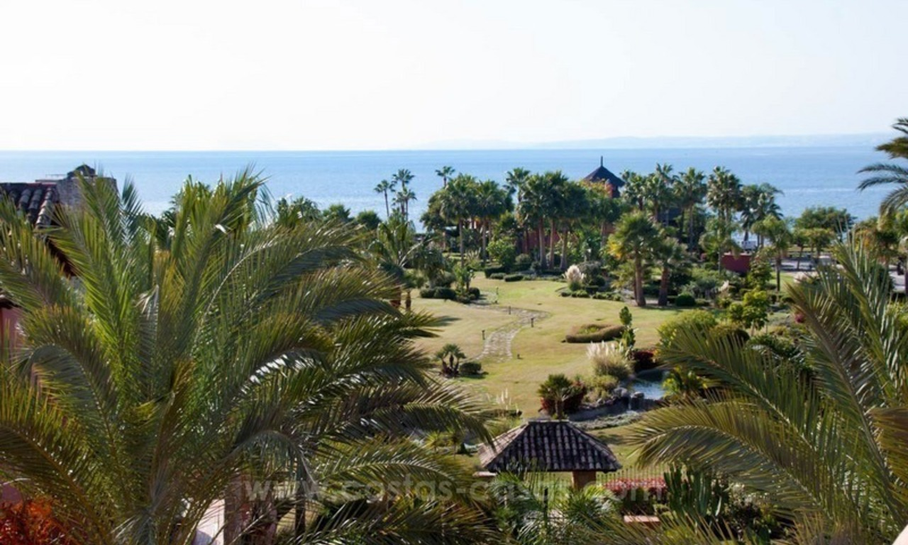 Luxury penthouse for sale, first line beach complex, New Golden Mile, Marbella - Estepona 0