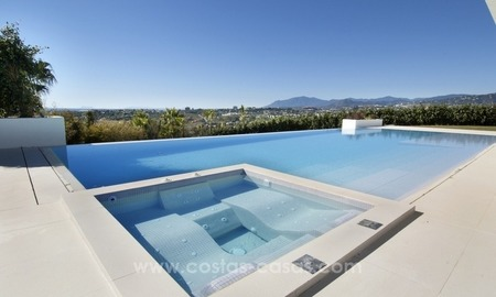 New Modern Villa for Sale on the Golden Mile in Marbella 3