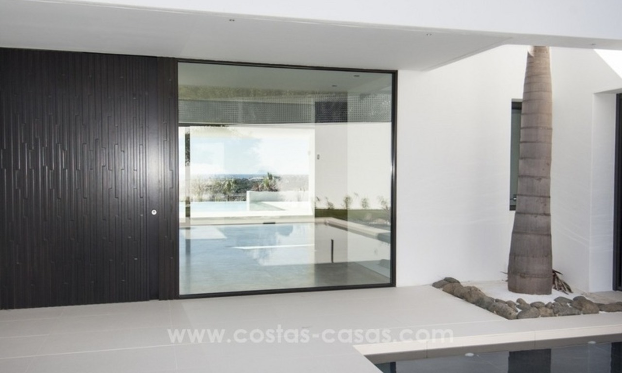 New Modern Villa for Sale on the Golden Mile in Marbella 12