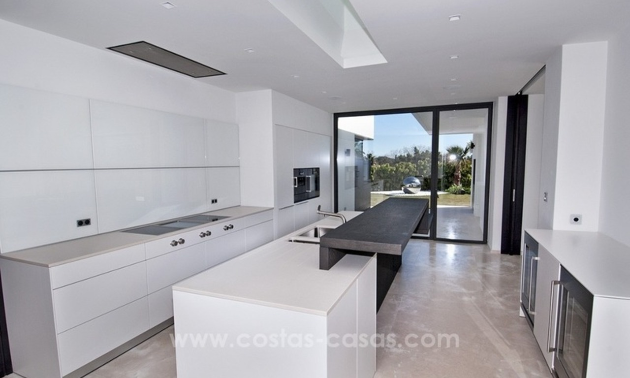 New Modern Villa for Sale on the Golden Mile in Marbella 19