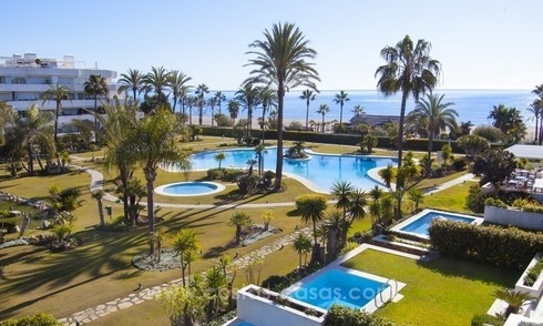 Exclusive apartment for sale in a beachfront complex in Puerto Banús - Marbella