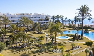Exclusive apartment for sale in a beachfront complex in Puerto Banús - Marbella 1