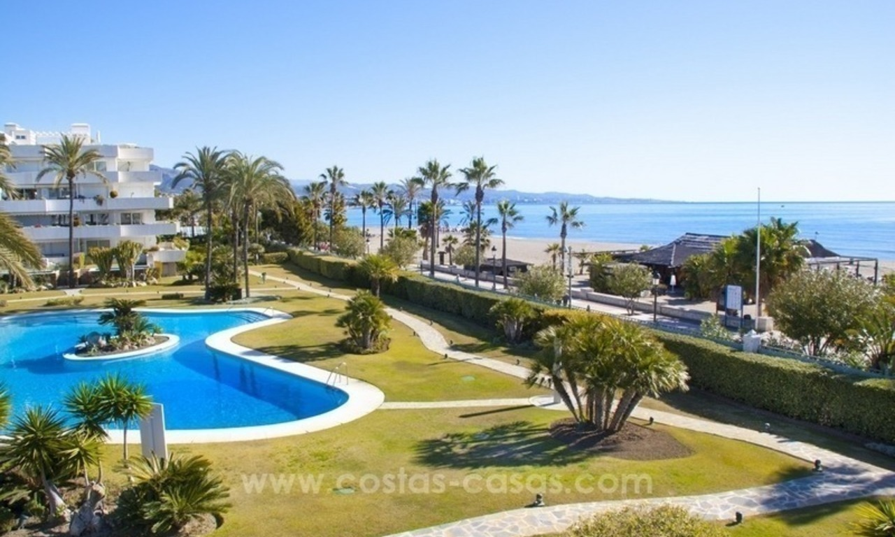 Exclusive apartment for sale in a beachfront complex in Puerto Banús - Marbella 16